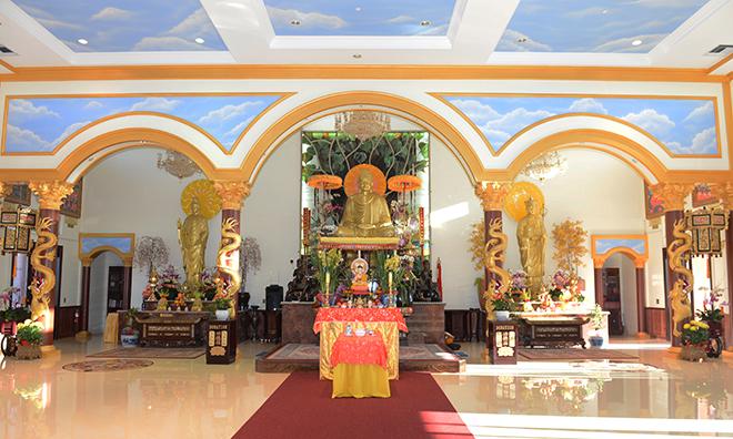 Chiêm ngưỡng ngôi chùa Việt Nam lớn nhất trên sa mạc ở Mỹ - 5