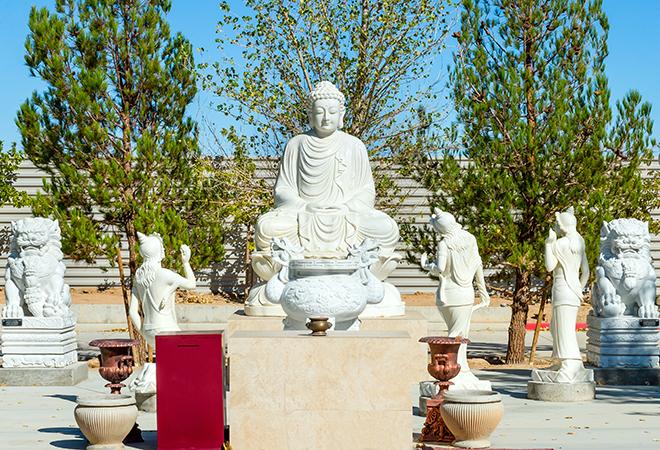 Chiêm ngưỡng ngôi chùa Việt Nam lớn nhất trên sa mạc ở Mỹ - 8