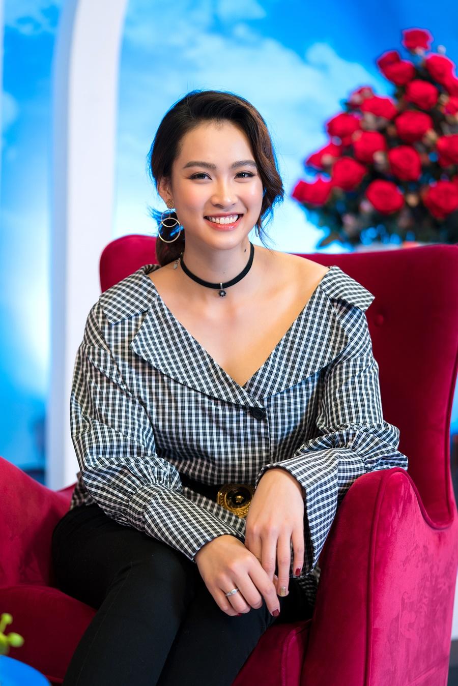 Bị loại khỏi Hoa hậu Việt Nam 2012 vì gian dối, siêu mẫu Vương Thu Phương giờ ra sao? - 6