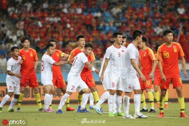 Trung Quốc thua Việt Nam 2 lần trong năm: Báo chí chỉ ra tội đồ, khen Tiến Linh xuất sắc - 2