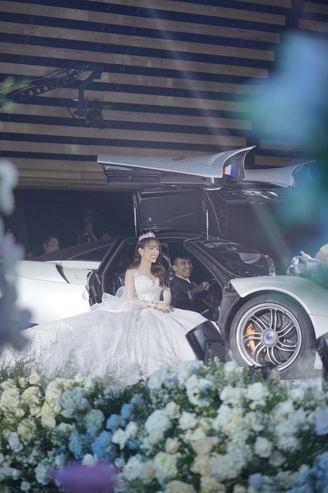 Vì sao Trấn Thành tuyên bố siêu xe 80 tỷ là của mình cho Minh nhựa mượn? - 2