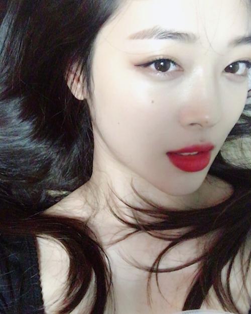 """""""Gái hư đẹp nhất xứ Hàn"""" mặt xinh, dáng nuột nà nhờ... thổi túi nilon - 9"""