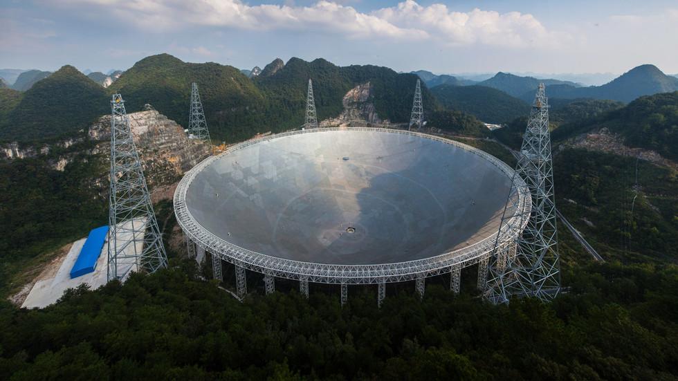 Kính viễn vọng Trung Quốc bắt được tín hiệu của người ngoài hành tinh?