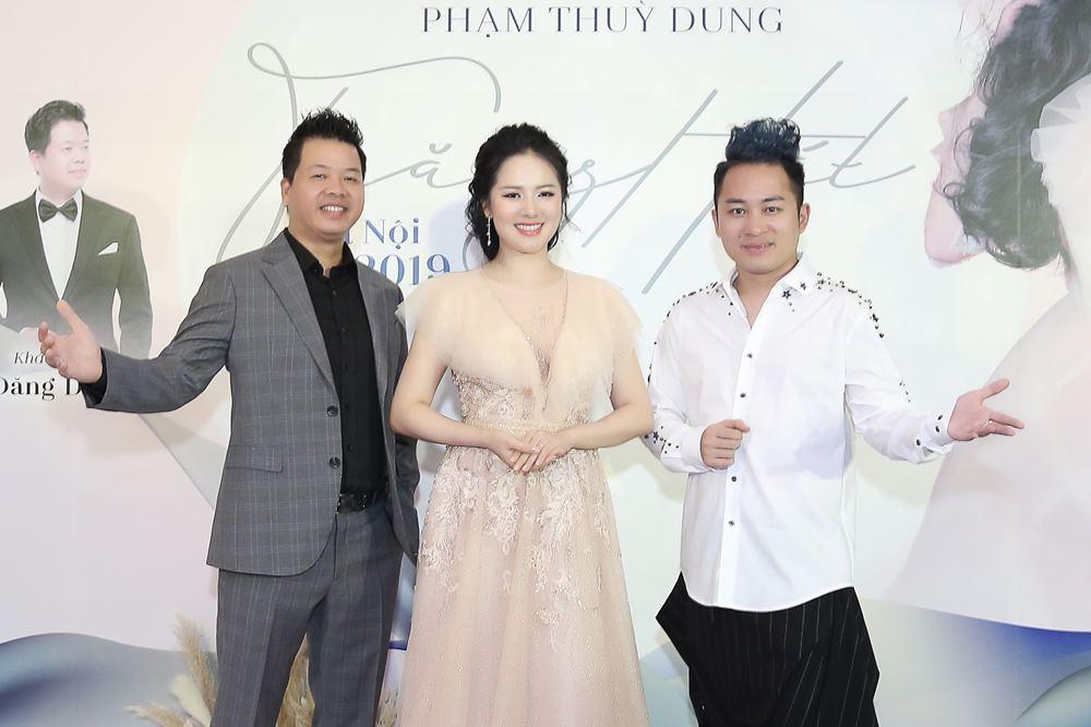 Á quân Sao Mai 2013 Phạm Thùy Dung làm live concert đầu tiên sau 6 năm 'mất tích' - 3