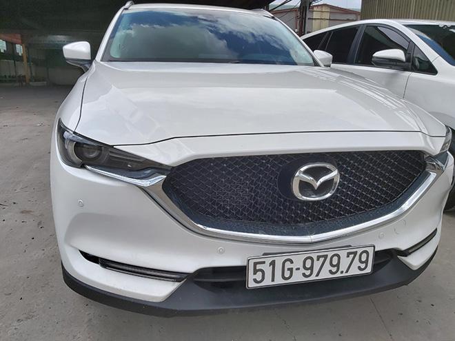 Mazda CX-5 bốc được biển số khủng hét giá hơn 3 tỷ đồng