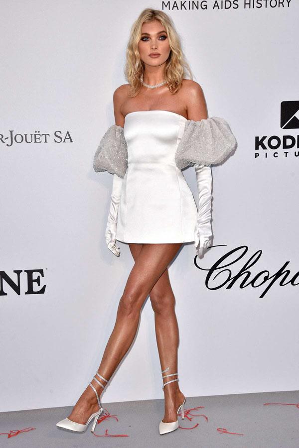"""Chiếc váy càng kéo càng tụt của H'Hen Niê """"nhái"""" của thiên thần nội y - 3"""