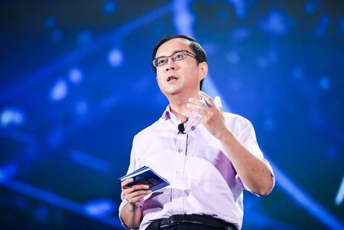 """Chân dung người thay thế Jack Ma """"trị vì"""" đế chế Alibaba - 1"""