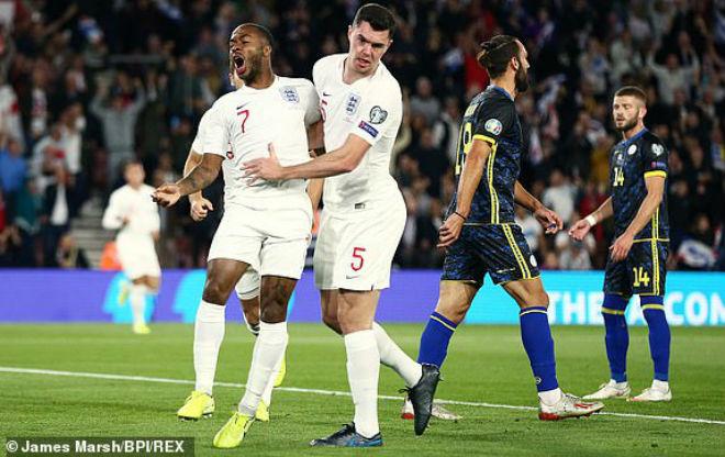 Video highlight trận Anh - Kosovo: Trận cầu điên rồ, 8 bàn trong 55 phút - 1