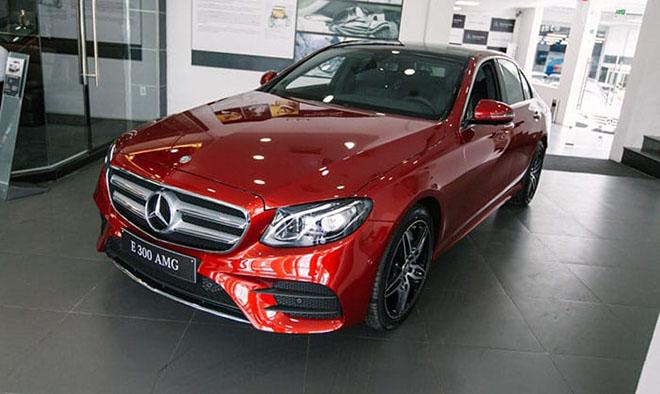 Bảng giá xe Mercedes E Class 2019 mới nhất - Mercedes E300 đã quay trở lại! - 9
