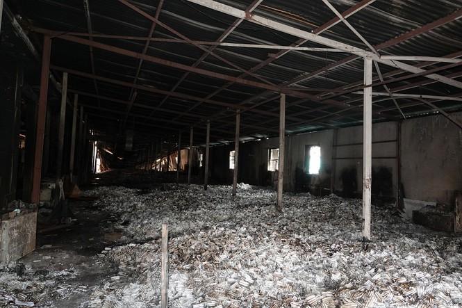 Hình ảnh hiếm hoi trong tầng 2 nhà kho Rạng Đông chưa được công bố - 5