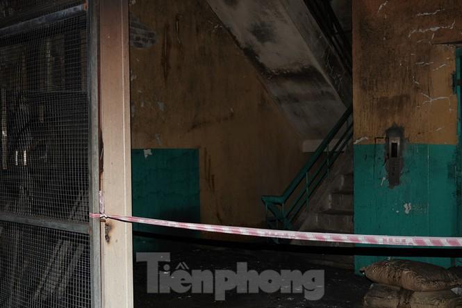 Hình ảnh hiếm hoi trong tầng 2 nhà kho Rạng Đông chưa được công bố - 14