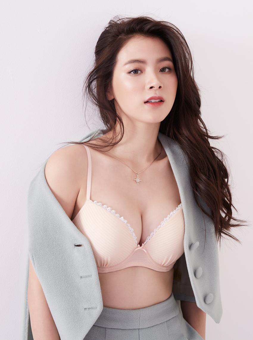 Baifern Pimchanok xinh đẹp trong loạt ảnh quảng cáo thời trang - 6
