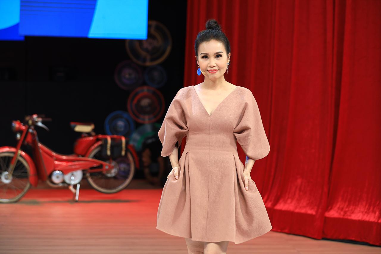 Vì sao NSND Hồng Vân ra Hà Nội diễn bị khán giả phản ứng khủng khiếp và tẩy chay? - 6