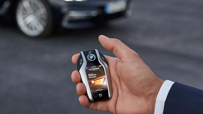 Tìm hiểu 5 tính năng của Smartkey - chiếc chìa khóa thông minh trên xe ô tô - 1