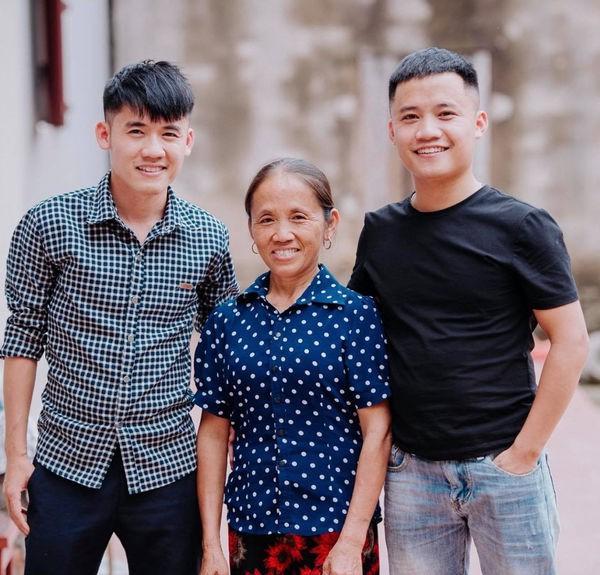 Bà Tân 'vê lốc' có thể kiếm 400 triệu/tháng, hai con trai cũng là Youtuber thì sao? - 5