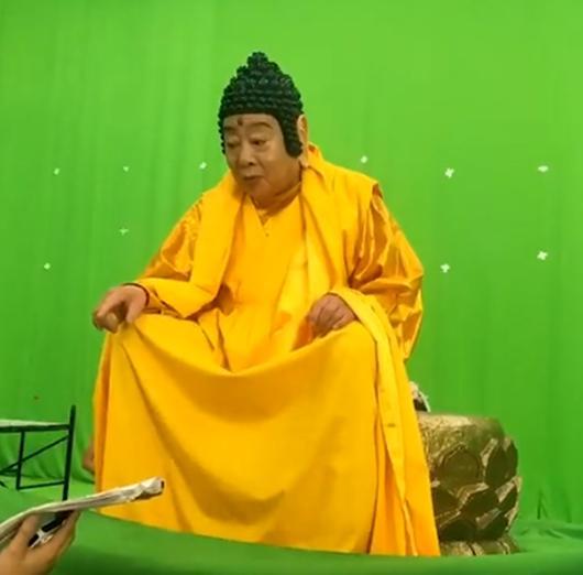 """""""Phật Tổ Như Lai"""" trong Tây Du Ký 1986 bất ngờ tái xuất ở tuổi 80 khiến fan kinh ngạc - 3"""