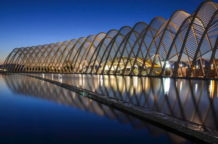 """Những tòa nhà """"đến từ tương lai"""" có kiến trúc cực kỳ bắt mắt - 2"""