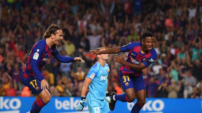 """Messi tái xuất Barca: Bắt đầu công cuộc giữ ngai  """"Vua phá lưới"""" cúp C1 - 2"""
