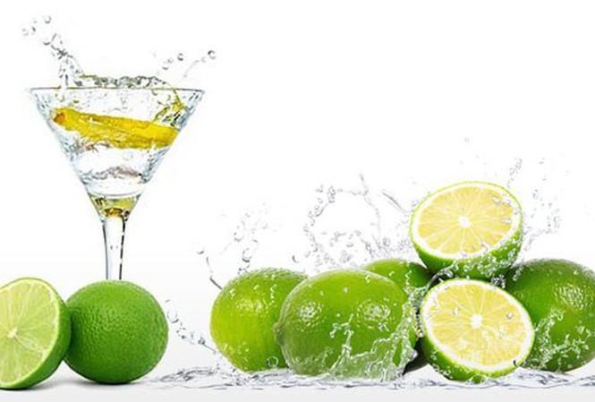 Uống nước chanh kiểu này hại hơn uống