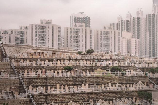 """Choáng ngợp """"thành phố người chết"""" giữa lòng Hong Kong phồn hoa - 2"""