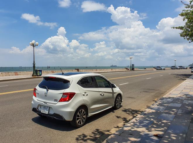 Honda Brio RS khẳng định chất riêng, tiện lợi trong phố - 4