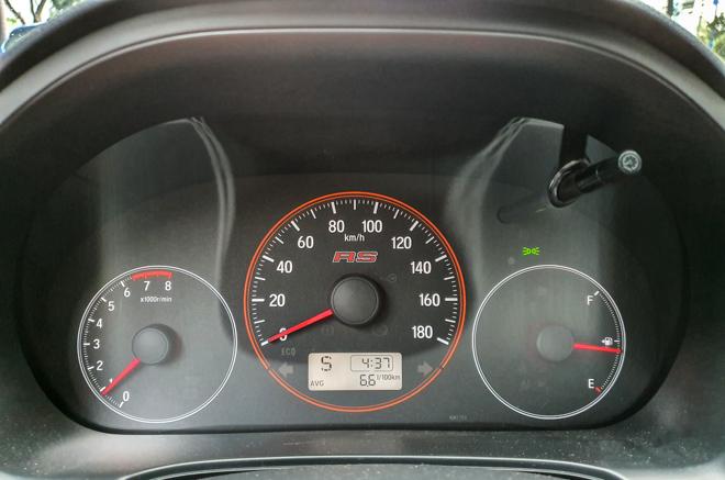 Honda Brio RS khẳng định chất riêng, tiện lợi trong phố - 12