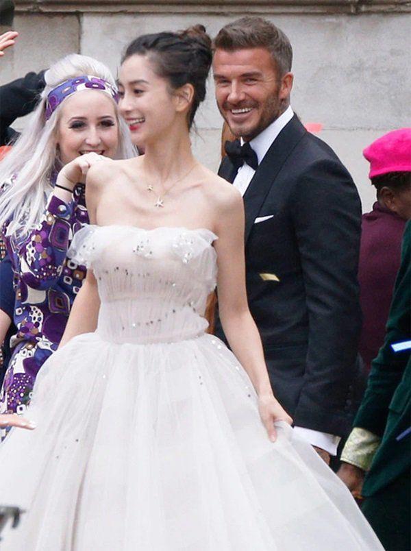 Vợ David Beckham ghen tuông khi thấy ảnh chồng chụp với AngelaBaby? - 1