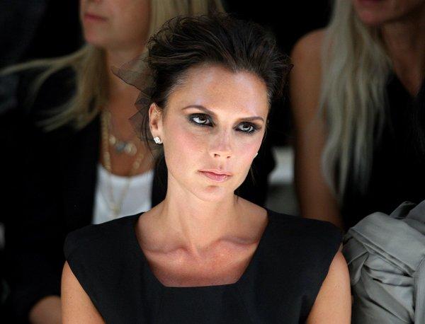 Vợ David Beckham ghen tuông khi thấy ảnh chồng chụp với AngelaBaby? - 3