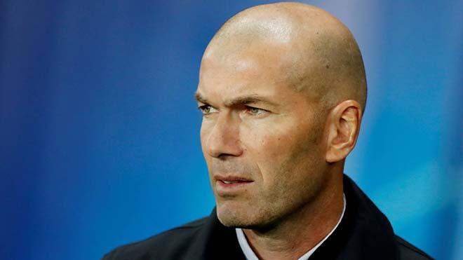 """Zidane bị hơn nửa fan Real đòi sa thải: """"Lá bùa"""" 80 triệu euro cản Mourinho - 1"""