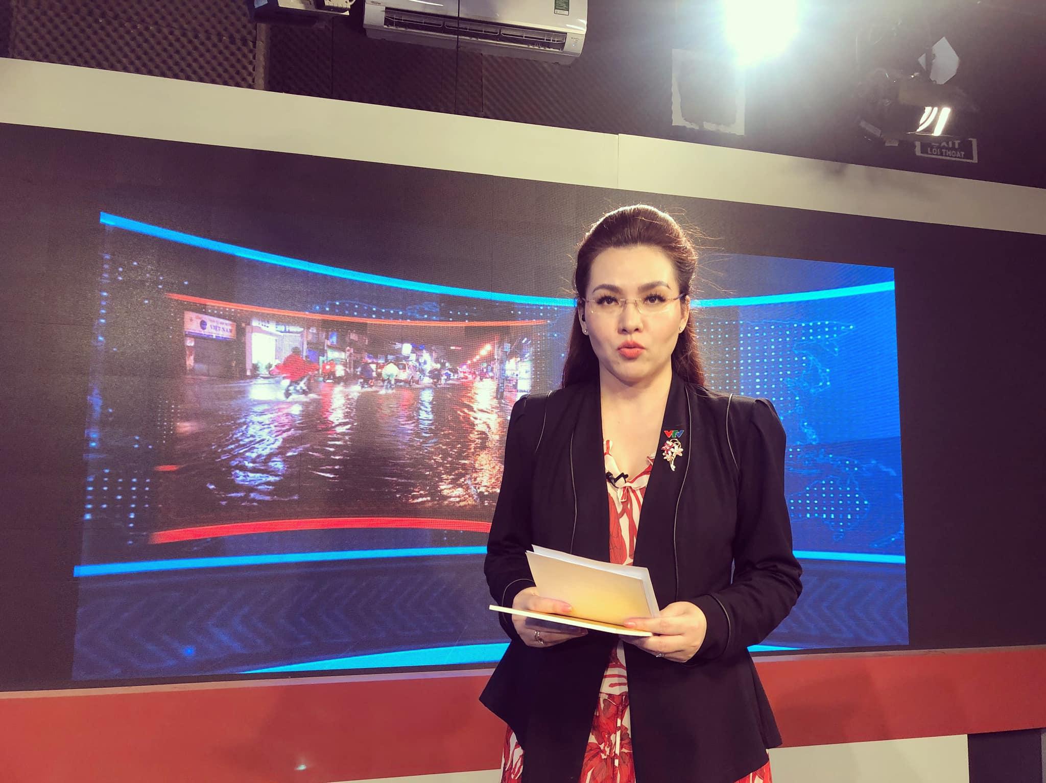 Nữ BTV xinh đẹp của VTV tiết lộ sự thật ngã ngửa trên sóng truyền hình - 1