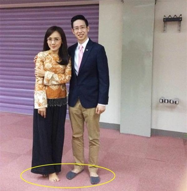 Nữ BTV xinh đẹp của VTV tiết lộ sự thật ngã ngửa trên sóng truyền hình - 9