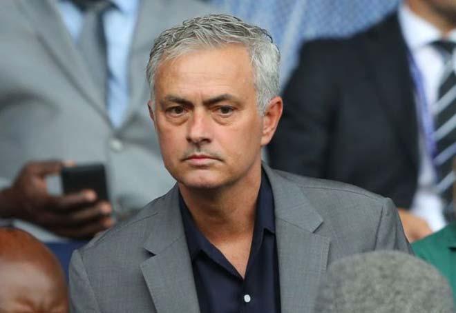 """Zidane bị hơn nửa fan Real đòi sa thải: """"Lá bùa"""" 80 triệu euro cản Mourinho - 2"""