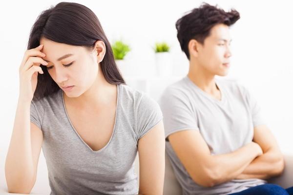 """10 năm sau ly hôn, vợ cũ đề nghị một điều khiến tôi """"đứng hình"""" - 1"""