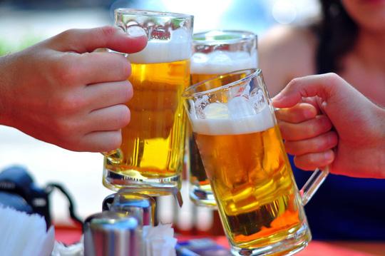 Bia thật – giả: Nhìn đặc điểm này là nhận biết ra ngay - 1