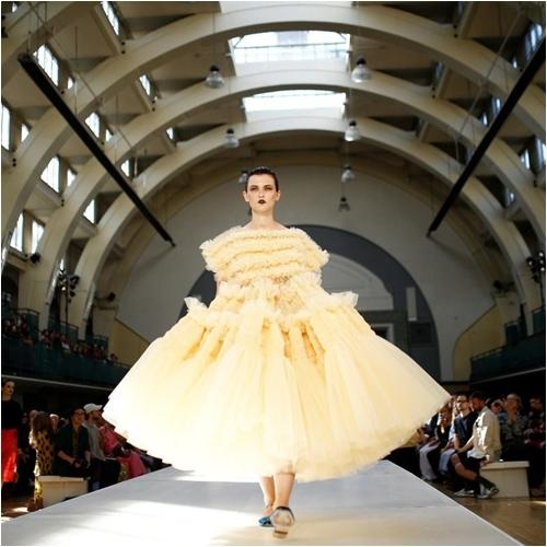 6 bộ sưu tập đỉnh cao nhất của Tuần lễ thời trang London - 3