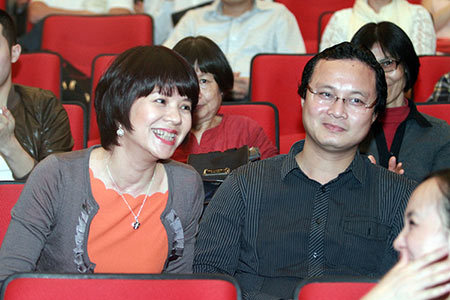 Bất ngờ với nhan sắc Trưởng ban VTV6 Diễm Quỳnh sau 22 năm dẫn sóng - 11