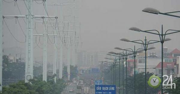 Không khí TP.HCM ô nhiễm bụi mịn nghiêm trọng: Sở TN&MT công bố nguyên nhân - Tin tức 24h