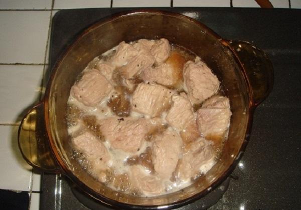 Làm ruốc thịt heo chỉ cần cho thêm nguyên liệu này cả nhà ăn hoài không chán
