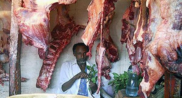 Thịt sống là đặc sản không thể thiếu ở đất nước này