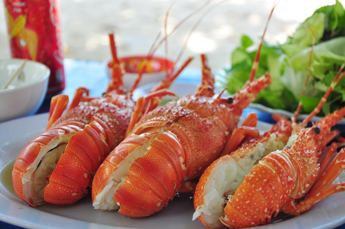 Top 10 đặc sản hải sản ngon nhất đất Việt được sách Kỷ lục ghi nhận - 9