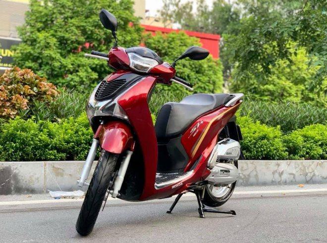 Bảng giá xe ga Honda SH, tiếp tục tăng bất chấp giá chênh cao sẵn có - 3