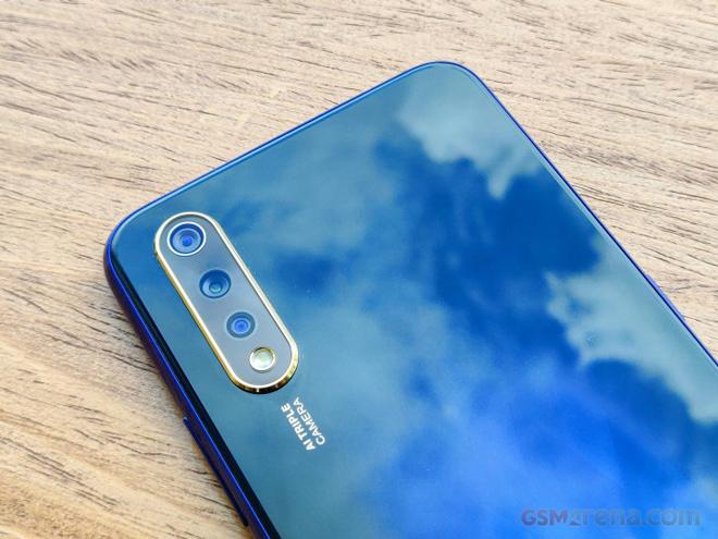 Chọn Vivo S1 hay Galaxy A50 tầm giá 6 triệu? - 7