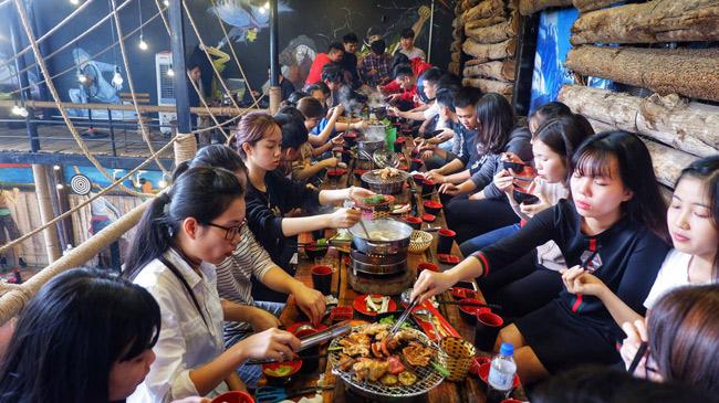 Kinh doanh Buffet ở Việt Nam: Tưởng không lãi mà lãi không tưởng! - 2