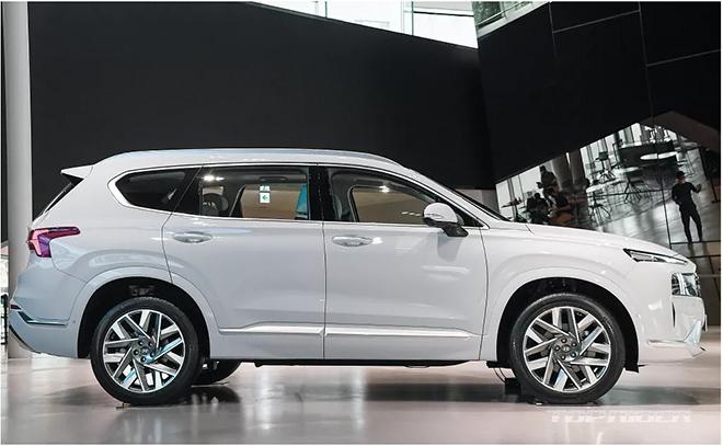 Hyundai SantaFe 2021 chính thức ra mắt, giá từ 620 triệu đồng - 2