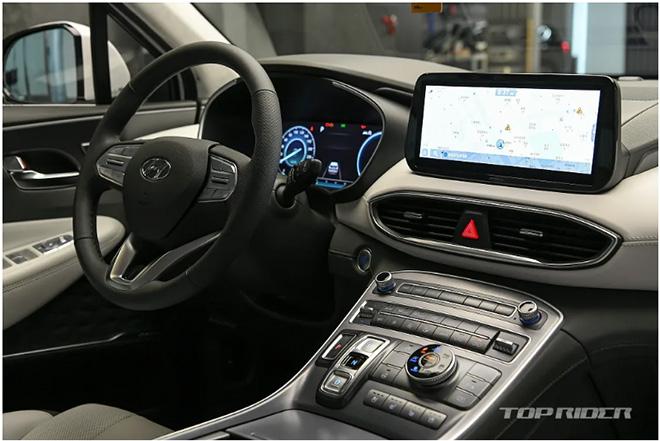 Hyundai SantaFe 2021 chính thức ra mắt, giá từ 620 triệu đồng - 4