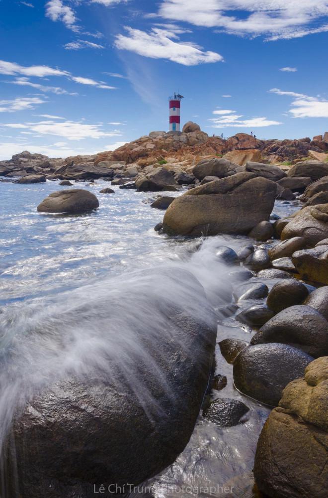 Ghé thăm Hải đăng Gành Đèn hoang sơ kỳ vĩ đất Phú Yên - 2