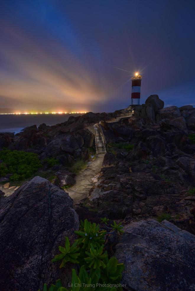 Ghé thăm Hải đăng Gành Đèn hoang sơ kỳ vĩ đất Phú Yên - 4