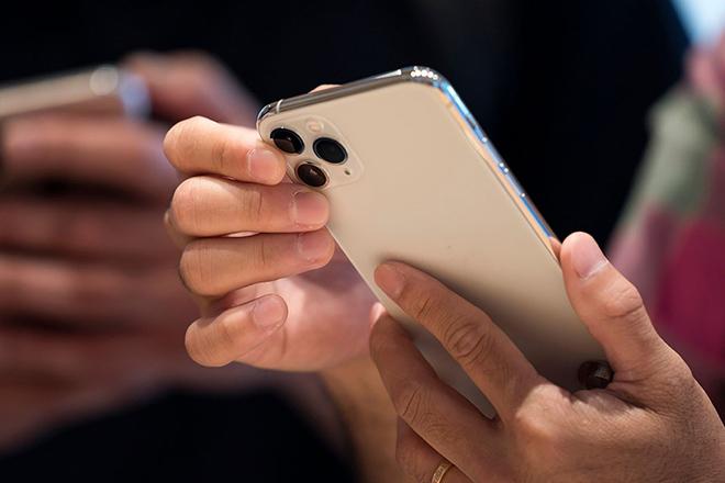 Lót dép chờ iPhone 12 hay hốt ngay chiếc điện thoại này về? - 3