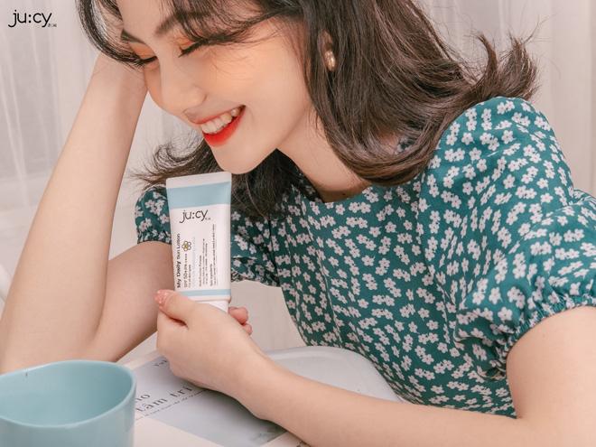 Kem chống nắng Hàn Quốc '3 in 1': Chống nắng - dưỡng trắng - ngăn ngừa lão hóa cho mùa hè thêm rạng rỡ! - 2