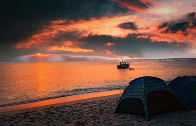 Đến Quy Nhơn cắm trại ngủ lều ngay bờ biển, ngắm bình minh đẹp nao lòng - 3